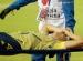 Hororové zranění. Santiago Arias z Leverkusenu utrpěl děsivou zlomeninu, bez fotbalu bude minimálně půl roku